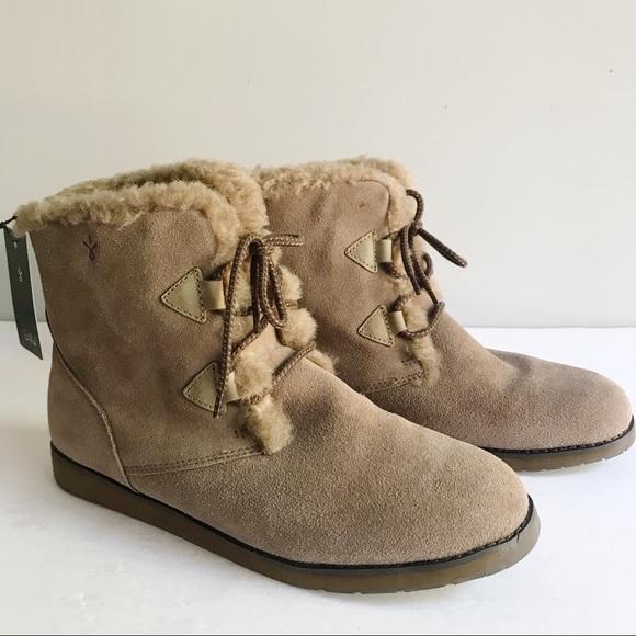 ab757167ff Emu Shoes | Australia Featherwood Mini Boots In Mushroom | Poshmark